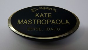 Oval-cut name badge